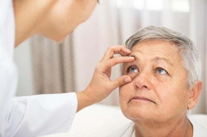 """儿童""""眼癌""""能治愈和保留眼球吗?"""