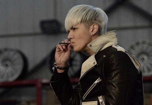 老烟枪们注意啦:每天一根烟也让中风复发