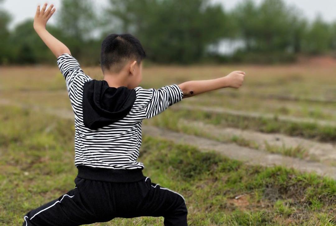 让孩子把运动写在一生的轨迹中