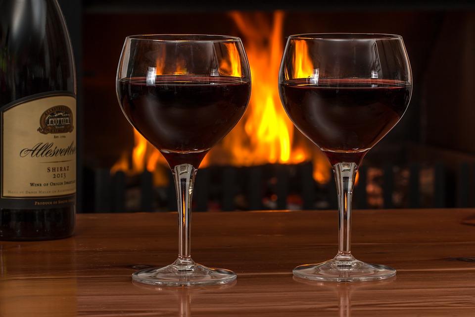 最新研究:重度饮酒者睡眠质量降低近40%