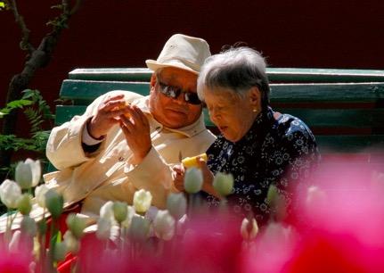 倒立预防老年痴呆?治疗老年痴呆或有新方法
