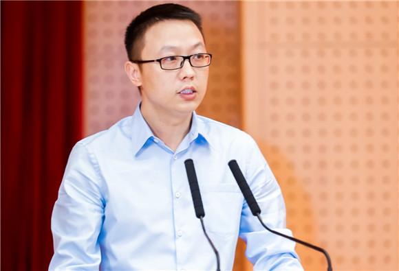 吴泳铭:用人工智能技术为医疗赋能