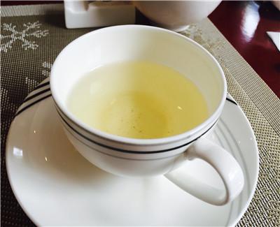 45万余人研究显示: 饮茶可降低骨折风险