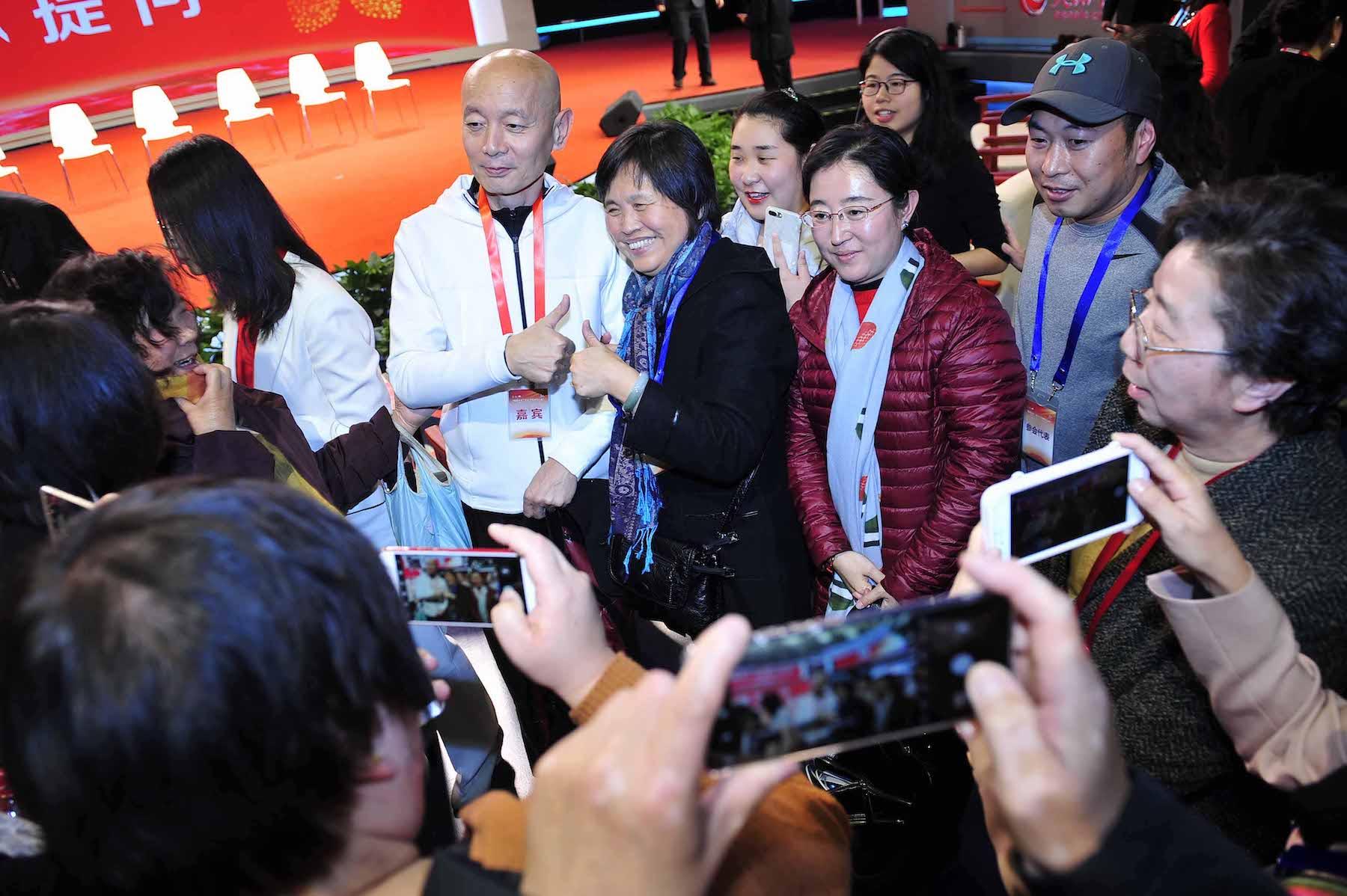 中国癌症基金会携手罗氏共建肿瘤防治平台