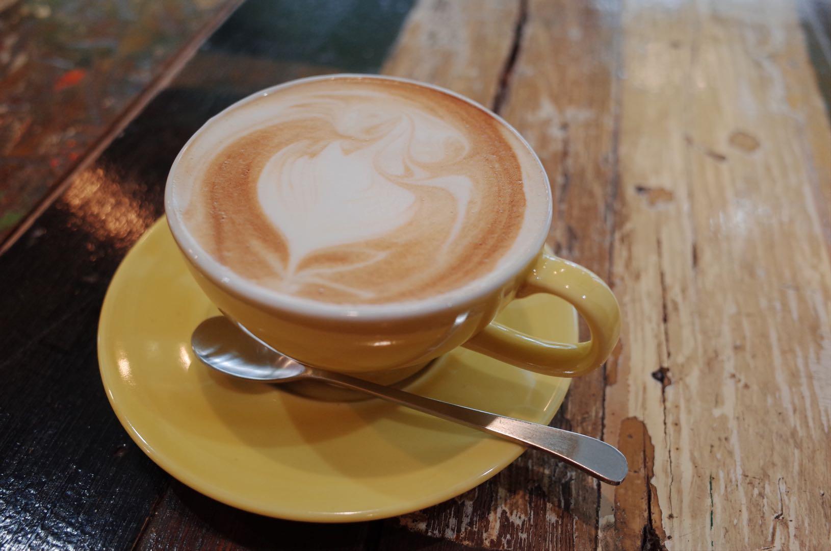 不喝咖啡就犯困?FDA:过量摄入咖啡因或致死