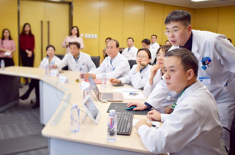 不用重复挂号!国家肿瘤中心60余位专家为京、深患者看病