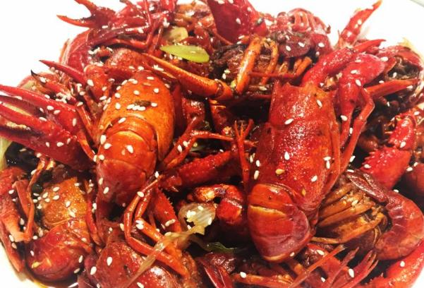 德国小龙虾泛滥成灾!中国吃货们又坐不住了