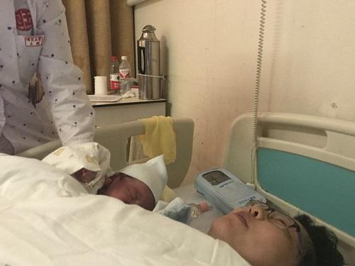 大陆首例试管婴儿当妈