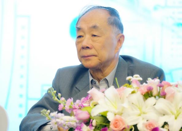 陈君石院士:水对健康的重要性常被忽视