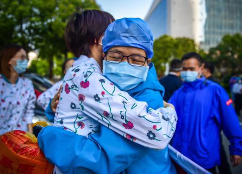政协委员:加强临床医院及医生在重大疫情预警、防控机制中的作用