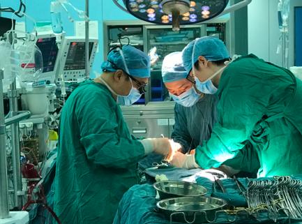 胸廓畸形遭遇主动脉夹层,同济医生一次手术解决