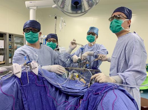 上海华克勤团队首创新式腹腔镜宫颈癌根治术