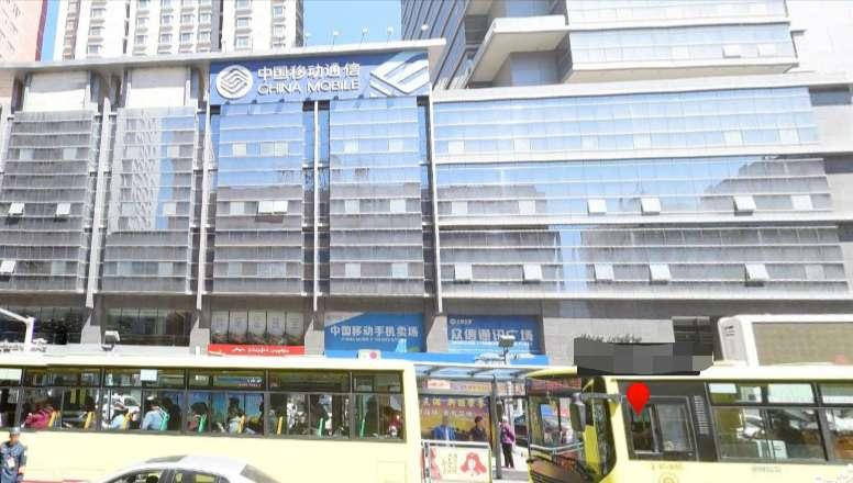 乌鲁木齐中泉广场新增一例确诊,商户均已进行核酸检测