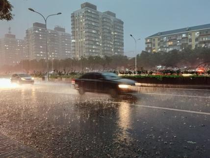 北京的大雨你被淋湿了吗?淋湿后怎么做,真得听听专家的