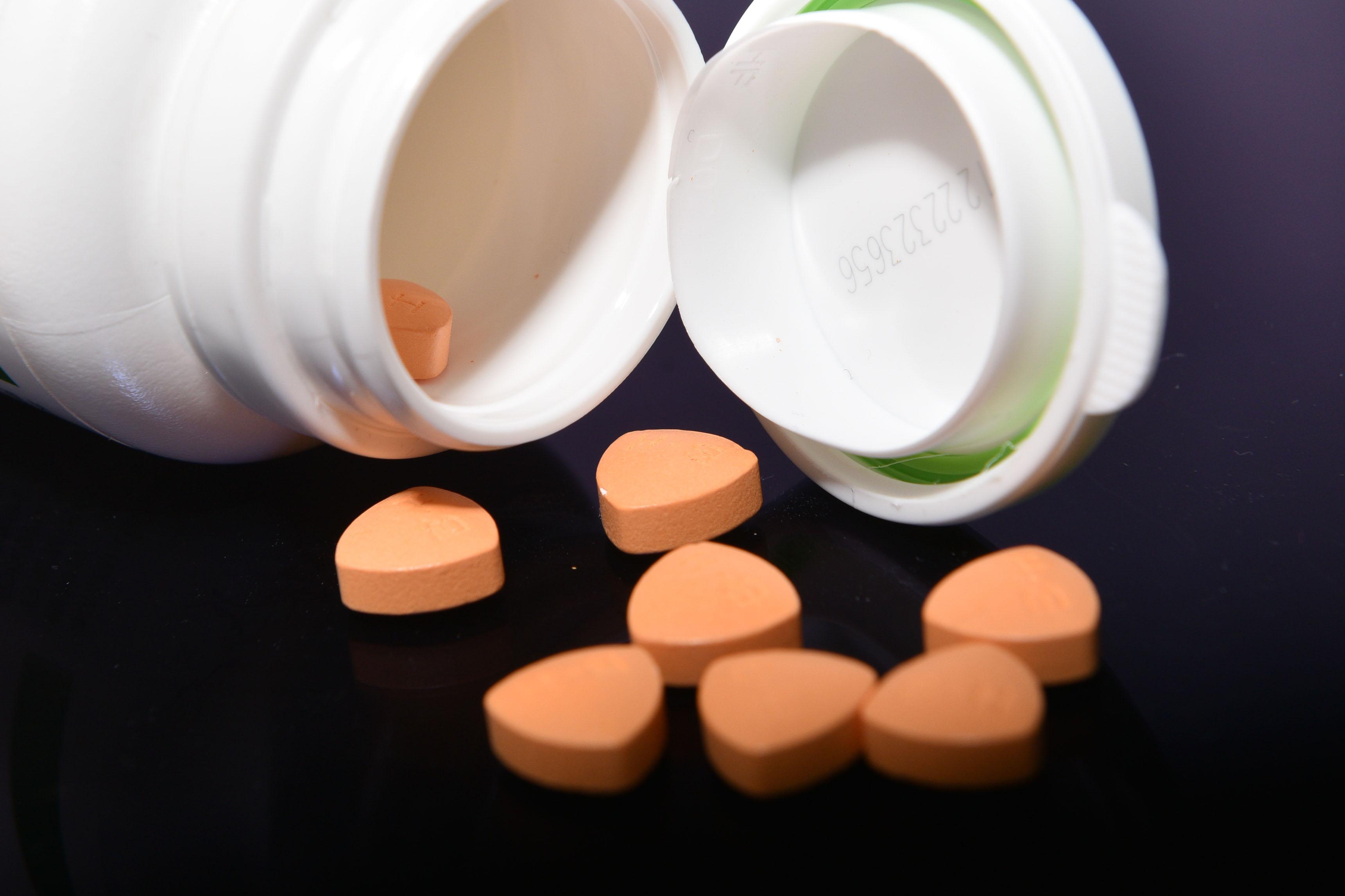 """医药行业""""黑名单""""来了,遏制药价虚高任重道远"""