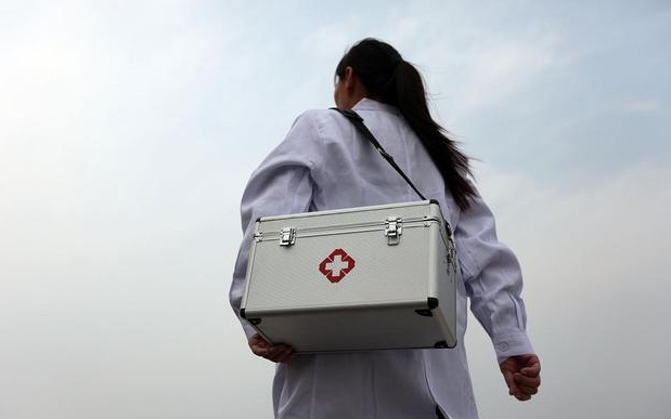 安徽:基层医生培训后学历达不到专科水平的将被清退