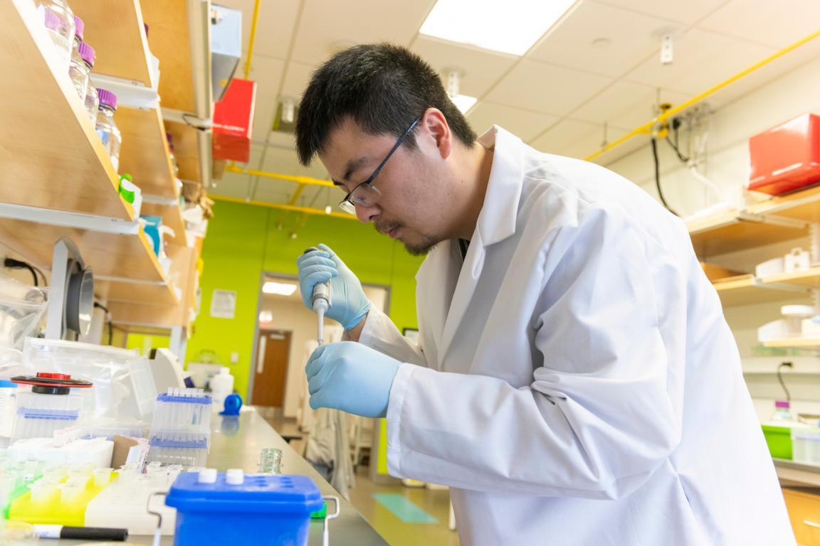 mRNA疫苗背后的中国科学家