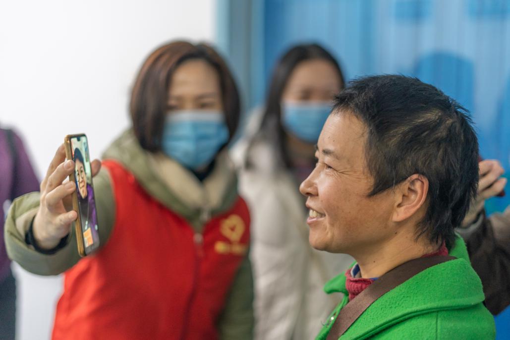 全国人大代表雷冬竹:建议助听器和电子耳蜗进医保